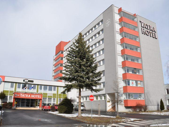 UBYTOVANIE V TATRA HOTELi***